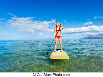 Stand Up Paddle Surfing In Hawaii