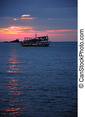 Beatiful sunset in the tropical sea
