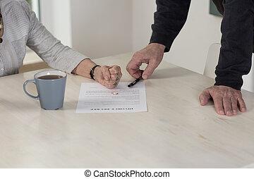 Facing up the divorce
