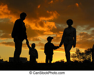 family of four sunset 2