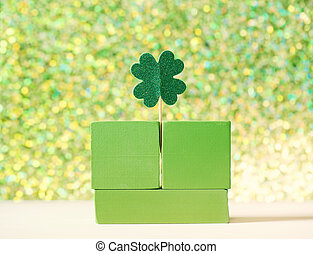 Green clover ornaments with wooden blocks