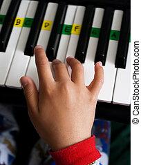 Playing keyboard