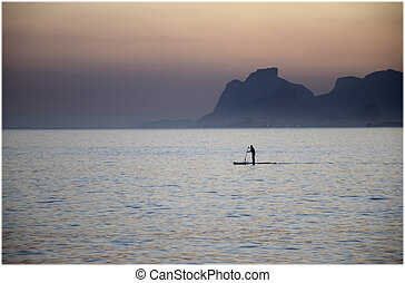 Stand-up paddle in Rio de Janeiro
