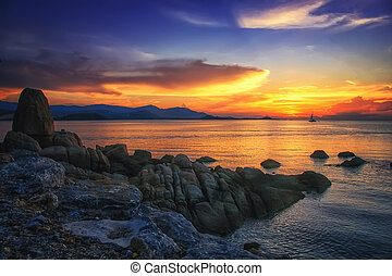Sunset over the sea at amazing Koh Samui in Thailand