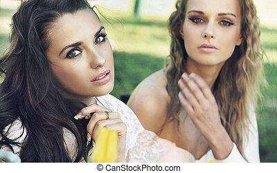 Two ladies on coffe break