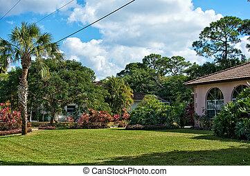 typical southern florida neighborhood