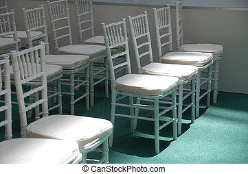 wihte chairs