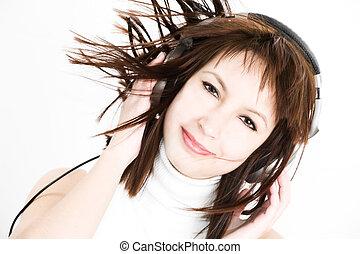 women listen to music